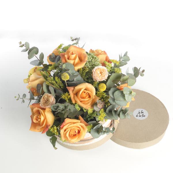 Caja de rosas para regalar La llar de les flors