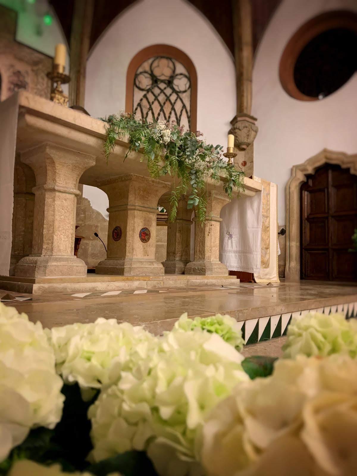 Decoración capilla boda