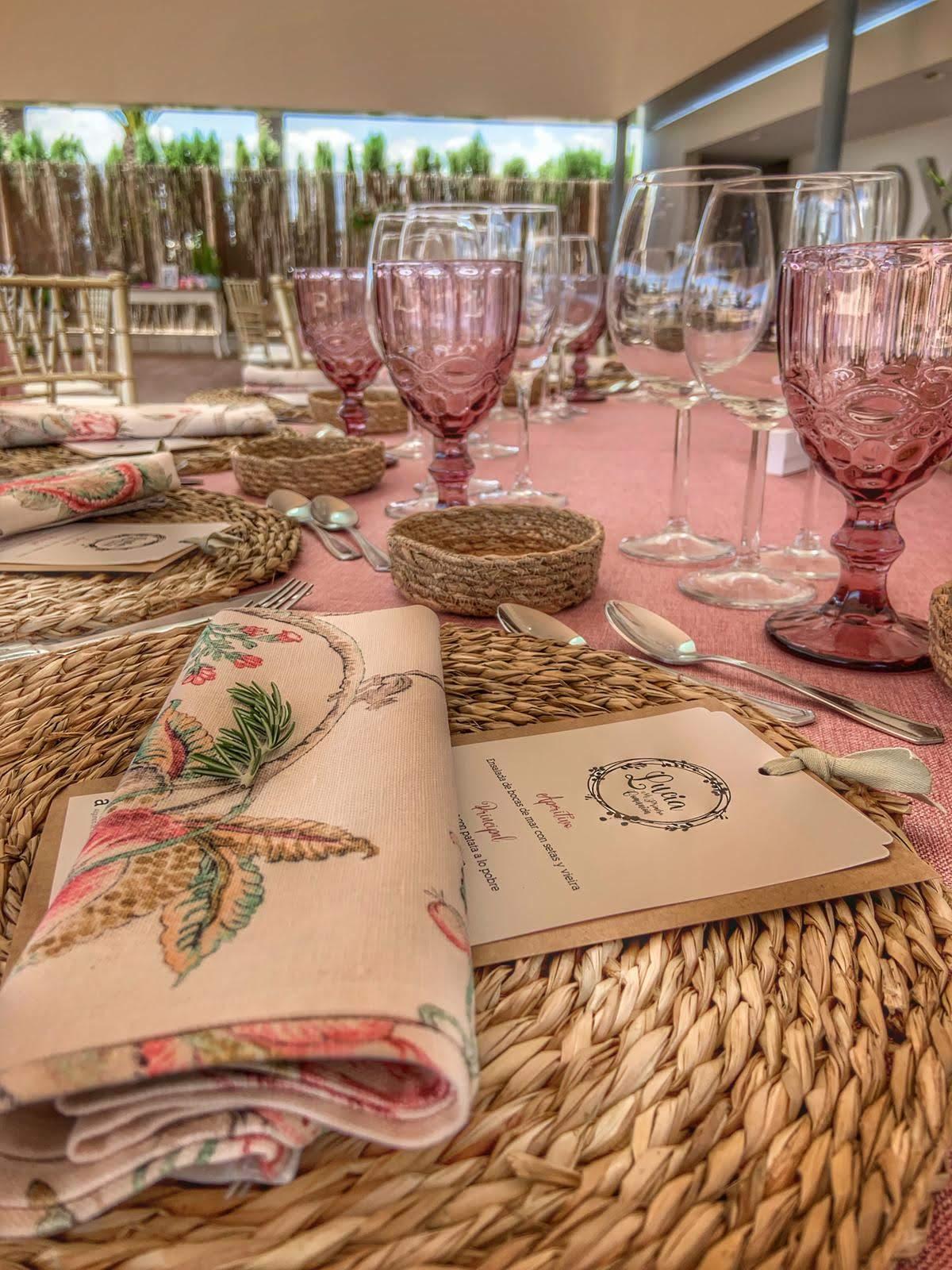 Decoración mesa exterior verano