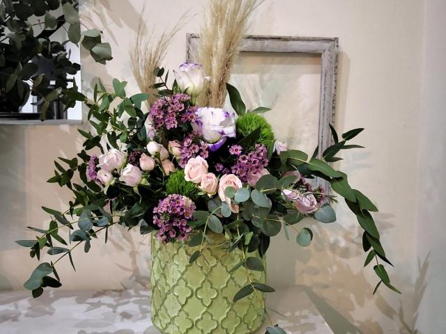 Centro de flores para recibidor