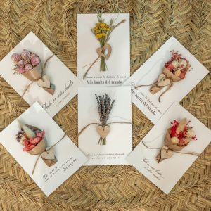 Tarjeta con ramillete de flores For you