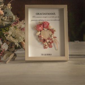 Lámina con Flores y mensaje True love